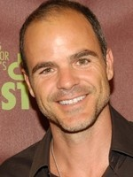 Michael Kelly- Seriesaddict